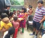 हरिओम जिंदल लुधिअना की मलिन बस्तियों में जाकर बच्चों व् महिलाओं को शिक्षित करते हैं