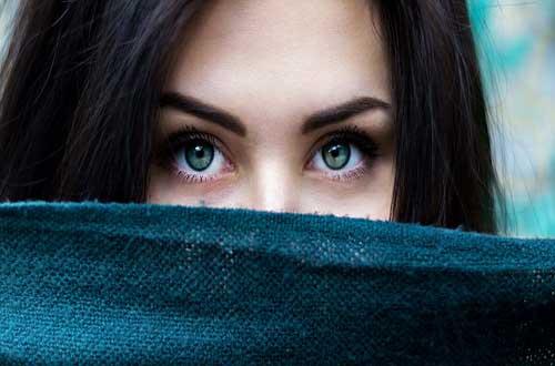 नशीली आँखें, दिल रूक जाए उनकी नशीली आँखें देखते ही