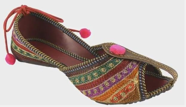 rajwari-mojari-shoes