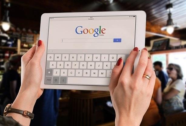 google-par-kya-search-nahi-karna-chahiye